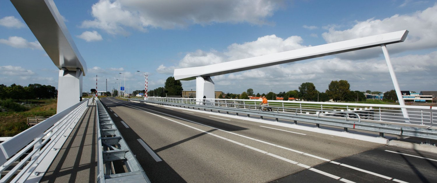 draw bridge Hollandse Ijssel, bridge design by ipv Delft, traffic bridge-