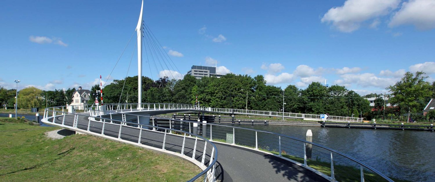 movable slender pylon bridge Rijswijk, design by ipvDelft