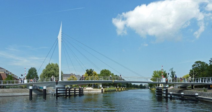 bycicle bridge Rijswijk, movable bridge, bridge design by ipv Delft