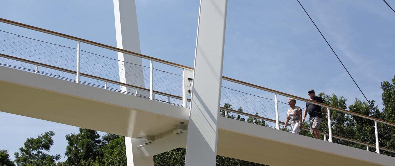 safe Stein bridge Heidekamppark, bridge design by ipv Delft