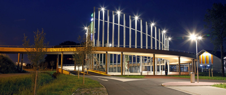 night view Linielanding region transferium, bridge design by ipv Delft, connector between highway and polder