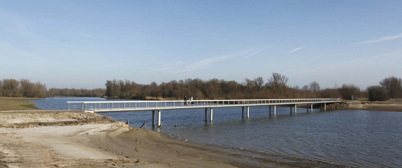 total view from traffic bridge Fortmond Olst, bridge design by ipv Delft