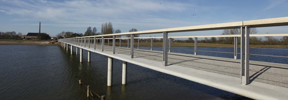 side view bridge Fortmond Olst, bridge design by ipv Delft
