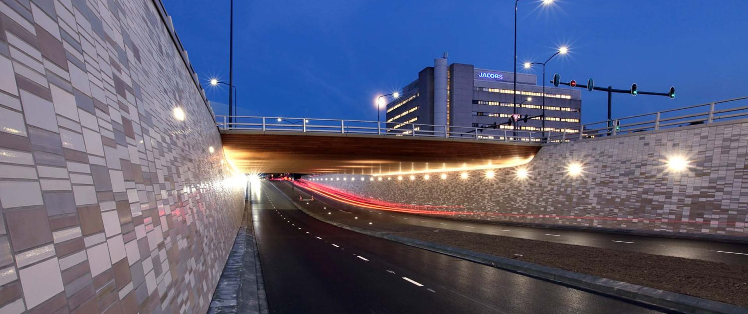 underpass at night Bio science park Plesmanlaan ipv Delft