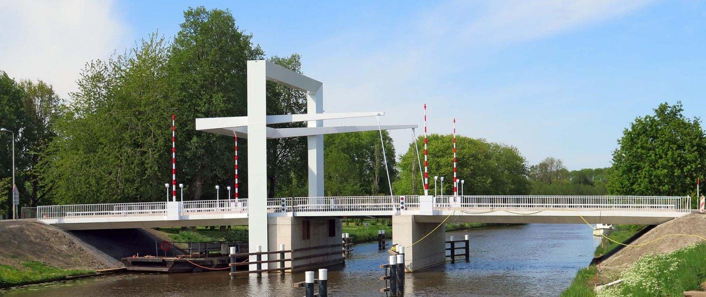 NOP.01_0217CW_Marknesserbrug-zijaanzicht-ophaalbrug-ontwerp-ipvDelft.